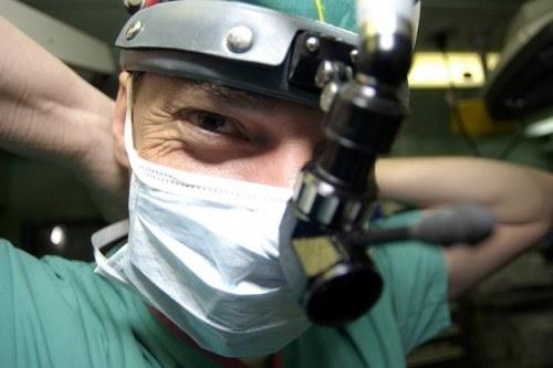 Chirurgien de la mémoire
