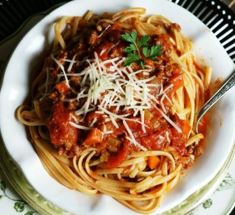 Sauce bolognaise maison pour spaghetti