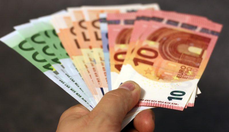 Quel est le salaire d'un apprenti en alternance (CEFA -EFP-IFAPME) ?